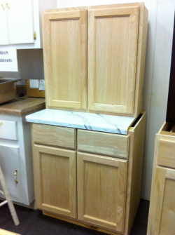 Beautiful Find Red Oak Cabinets In Our Solid Oak Cabinets Surplus   Builders Surplus